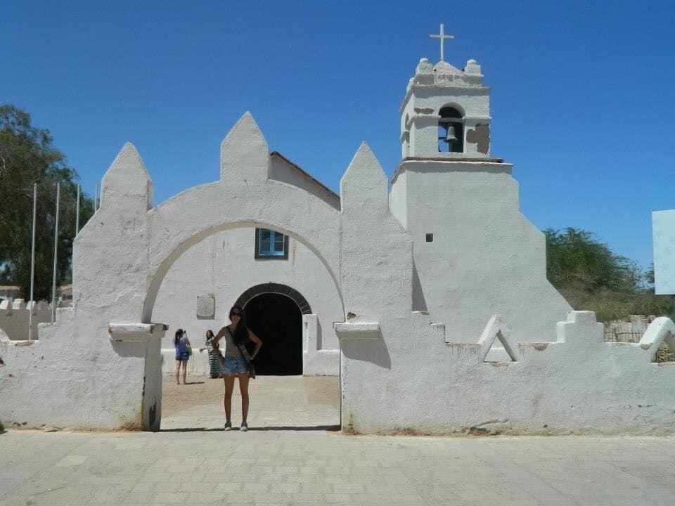 Yo en la Iglesia San Pedro de Atacama. Own picture.