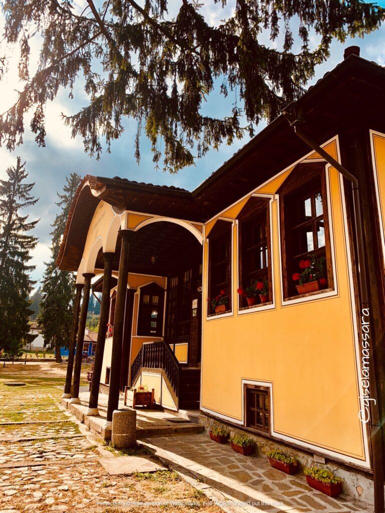 Antigua escuela Koprivshtitsa