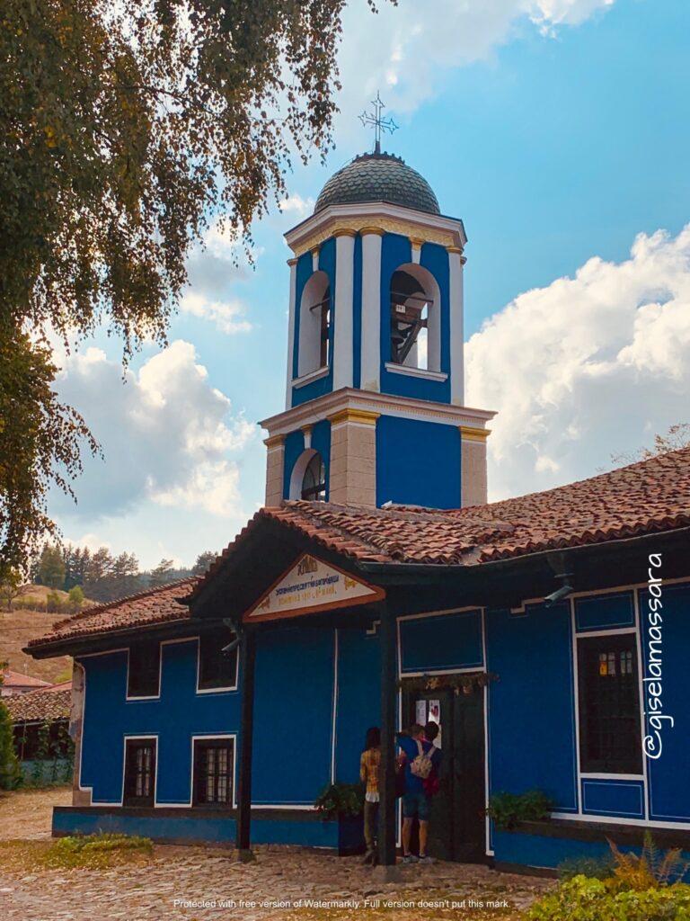 Iglesia de la Dormición de la Virgen Koprivshtitsa _ Pueblos bonitos de bulgaria