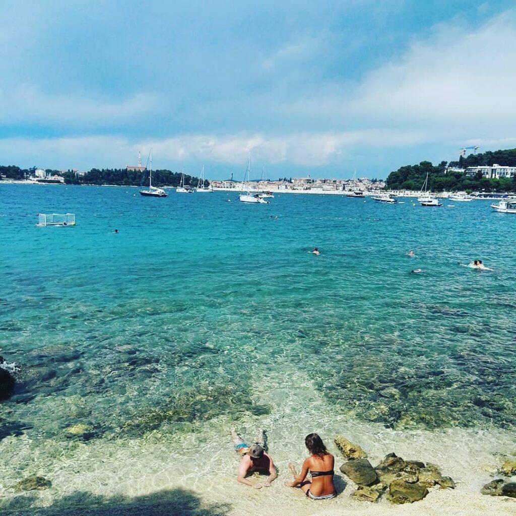 Loney Bay, Croacia