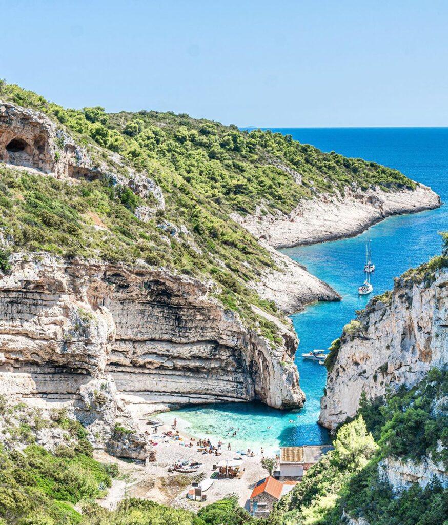 Playa stiniva, Croacia