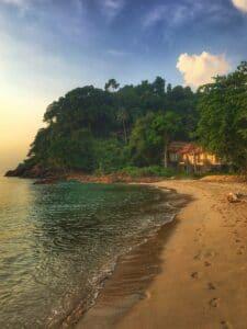 Paseo por las playas de la Isla Elefante