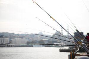 pescadores en el puente galata