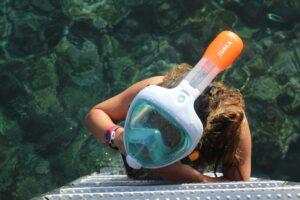 Practicando snorkel puedes ver la flora y fauna que se esconde bajo las aguas de El Hierro